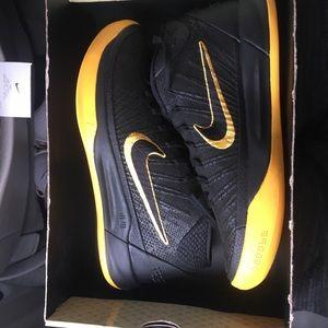 Nike Shoes - Kobe ad bm